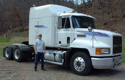 AMSOIL Equipped 1997 Mack CH613